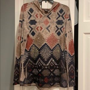 Beaded hooded print shirt!